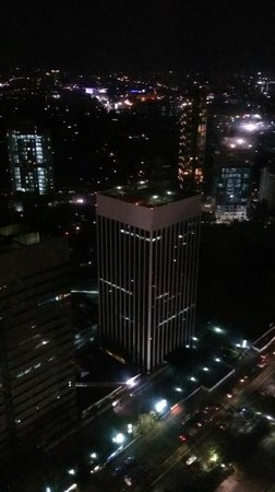 HARRIS Suites FX Sudirman : city view