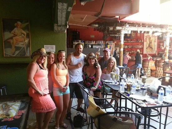 Happy Ending Cantina : Vacation March 2014 with family :)