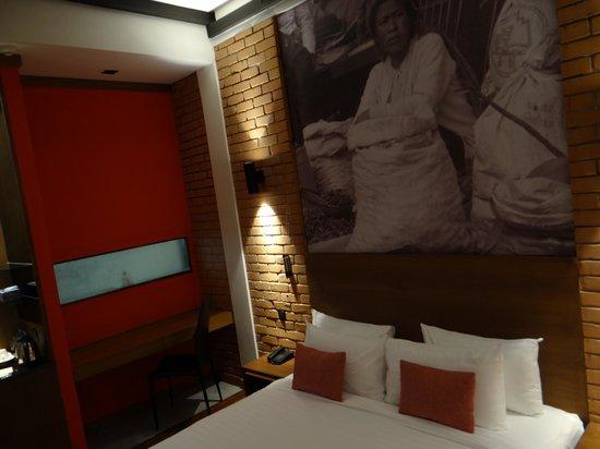 The Loft Hotel: Room