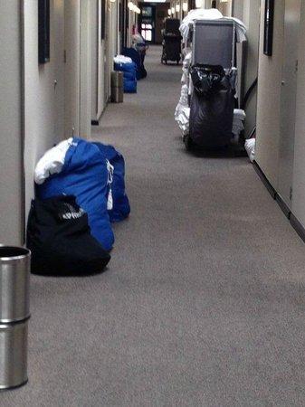 SKYCITY Hotel: Hallway 10:30am