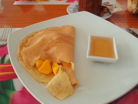 Blue Corals Beach Resort: Mango Pancake