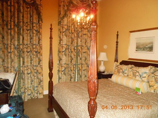 Bienville House: Our room - not a great view out the window but we weren't looking anyway