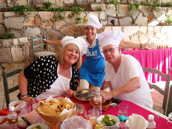 Salsa and Salsa Mazatlan: Having a blast with the Dancing Chefs