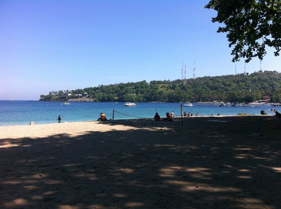 Kila Senggigi Beach Lombok: Snorkel off the beach