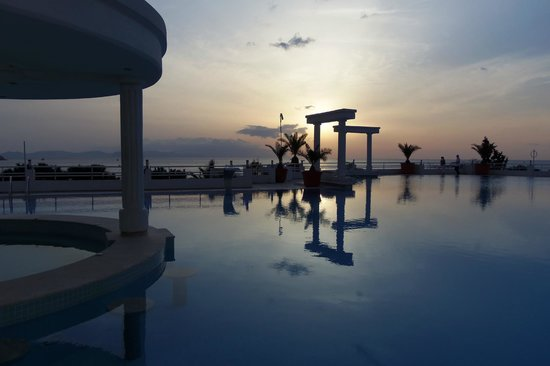 Korumar Hotel De Luxe: Sunset