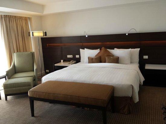 Century Park Hotel: Bedroom