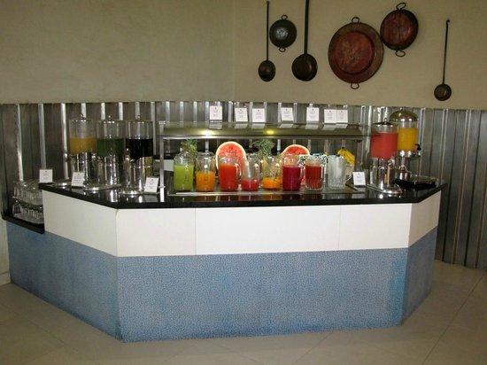 Iberostar Cancun: Buffet (juice bar)
