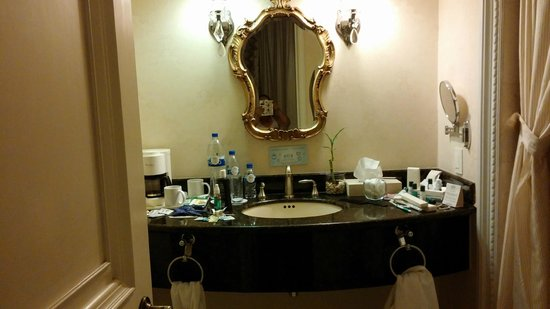 Gran Hotel Ciudad de Mexico: pia do banheiro