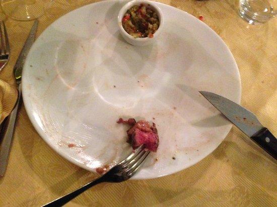 Ristorante Argentina: bistecca di angus con insalatina(ma lo era)