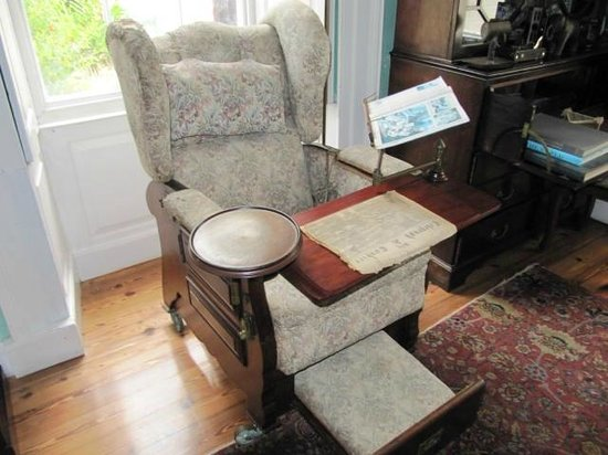 St. Nicholas Abbey: The first recliner! Not really - it's a
