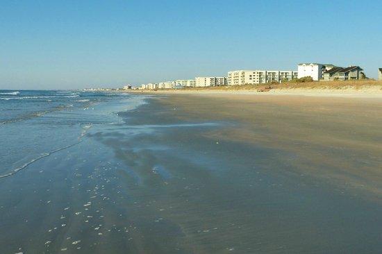 Litchfield Beach & Golf Resort : Seaside view
