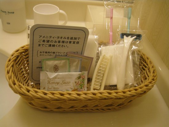 Hotel Emion Tokyo Bay : Everyday there will provide new sets of toileteries
