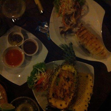 Thapwarin Resort: 979 baths pour : 1 squid + un riz et 2 cocktails