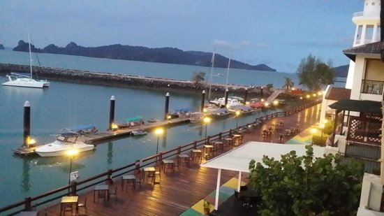 Resorts World Langkawi: evening view