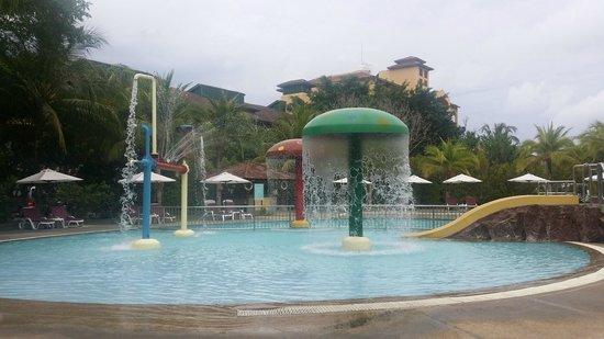 Resorts World Langkawi : swimming pool