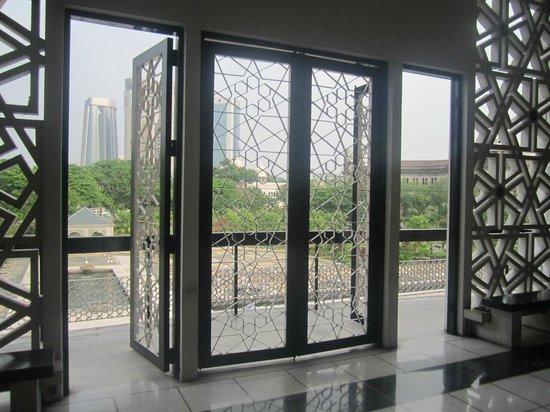 National Mosque (Masjid Negara): interiors