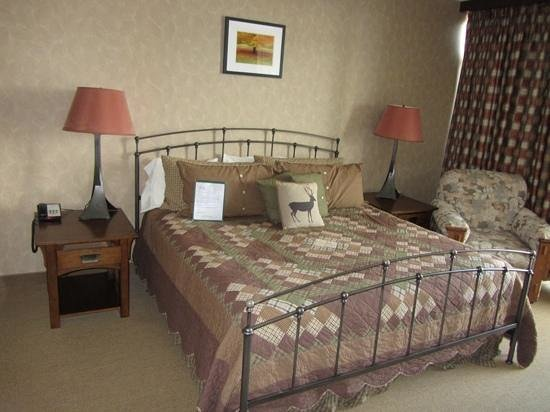 Clifty Inn: Suite 401: Bedroom