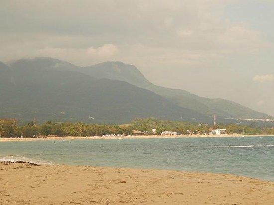 VH Gran Ventana Beach Resort : Mountain in the distance