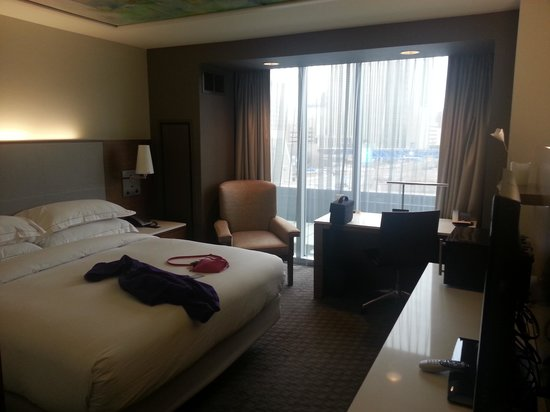 Hilton Columbus Downtown: room 329