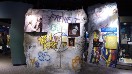 Smithsonian American Art Museum: Berlin Wall