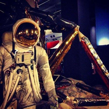 Science Museum: landing on moon