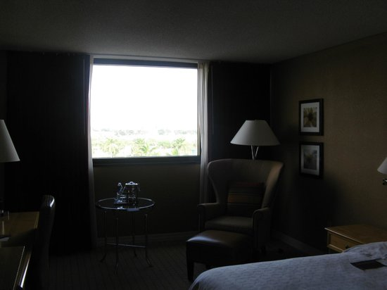 Sheraton Fort Lauderdale Airport & Cruise Port: room