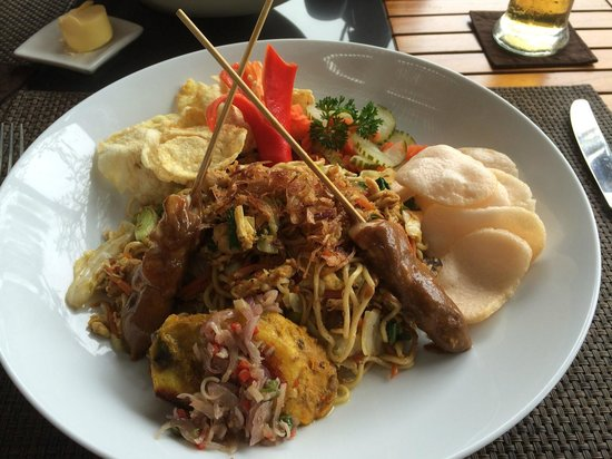The Kayana Bali: Mee Goreng for Breakfast