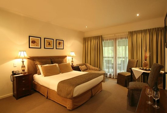 Indulgence Spa Suite at The Manna of Hahndorf - Romantic Getway Adelaide Hills