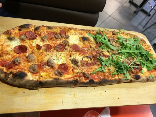 Vince's Kitchen: The best pizza outside of Italy