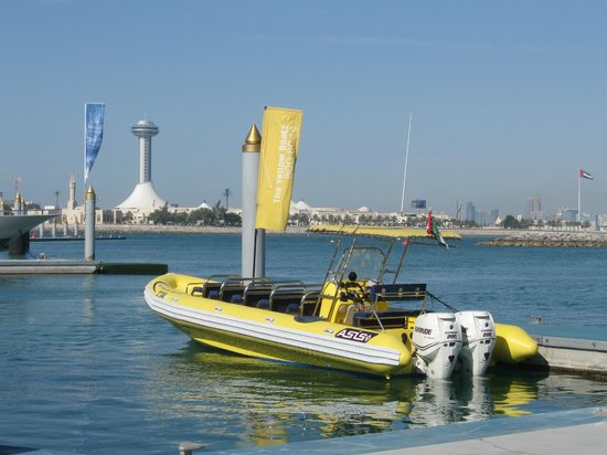 The Yellow Boats: The Yellow Boat - sturdy, safe and very comfy!