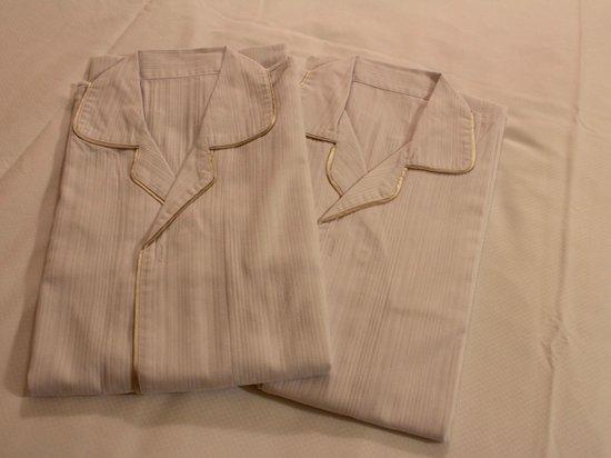 Hotel Belleview Nagasaki Dejima : 部屋着は着心地の良い綿のワンピースタイプ