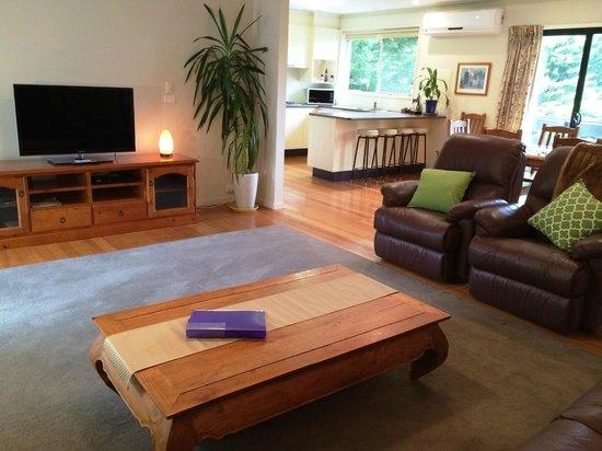 Acacia House Retreat