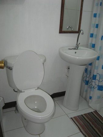 Hospedaje Dodero: Bathroom