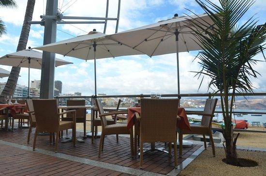 Grill Casa Carmelo : terraza y vistas