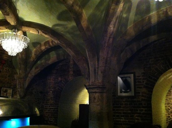 The Angel Hotel: Under the ground at the Angel