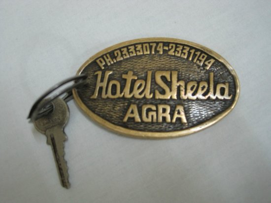 Hotel Sheela: Keys MAR2014