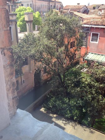 Hotel Palazzo Stern: View from room