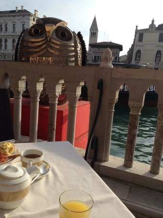 Hotel Palazzo Stern: Breakfast on the terrace