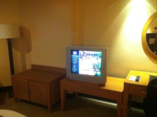 Hotel Jen Manila: TV