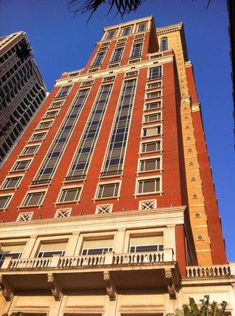 ITC Grand Central: HOTEL FACADE