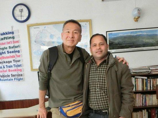 Kathmandu Madhuban Guest House : マネージャーのラクスマンさんは日本語堪能です