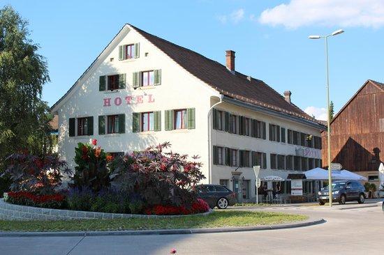 Hotel Loewen: Hotel aussen