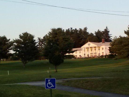Poland Spring Resort : sunset view of the Maine Inn