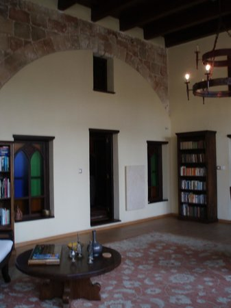 Spirit of the Knights Boutique Hotel : common area off rooms