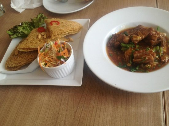 The Terrace Restaurant (Central Chidlom): Food4