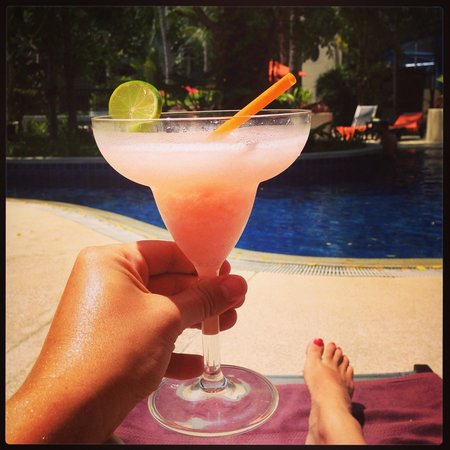 Novotel Phuket Surin Beach Resort.: Delicious strawberry daiquiri
