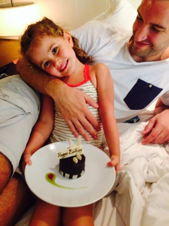 Novotel Phuket Surin Beach Resort.: Complimentary birthday cake
