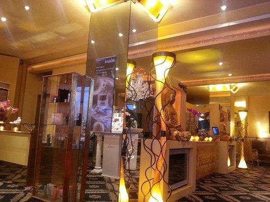 Riverside Hotel : Reception