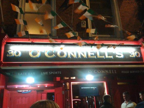 O'connells Bar : Exterior del Local