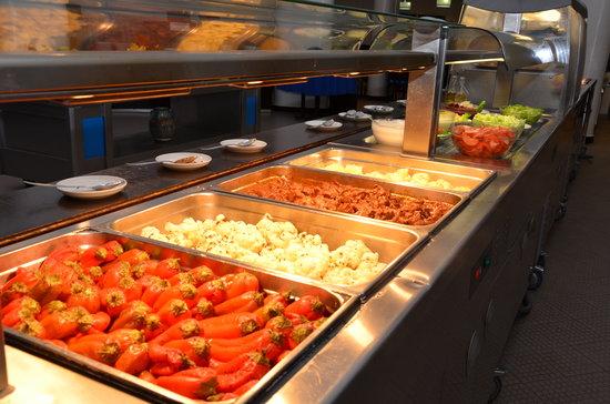 "Blue Sea Le Tivoli: Restaurant Buffet ""Le Pelican"""